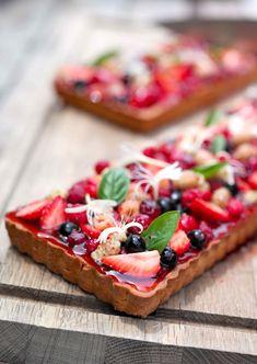 Ideas fruit recipes savory for 2019 Fruit Snacks, Fruit Recipes, Pie Recipes, Snack Recipes, Dessert Recipes, Cooking Recipes, Sweet Pie, Sweet Tarts, Fruit Tart Glaze