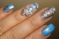 Super gorgeous 3D nail decoration! I am really  into these amazing nails!