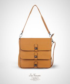 Tyne Yellow Sling Bag 169,000 IDR #Fashion #Women #SlingBag Shoping online find here http://www.lesfemmes.co.id/sling-bags/tyne-yellow-sling-bag
