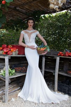 Berta Bridal 2015 Wedding Dress-The cut on this dress is to die for