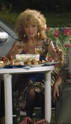 The Many Outfits of Rose from the show Keeping up Appearances Screenshot British Sitcoms, British Comedy, British Actors, English Comedy, Keeping Up Appearances, Classic Tv, Keep Up, Fashion Boards, Hair Beauty