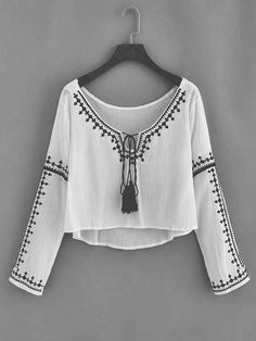 60 new Ideas embroidery fashion boho shirts Boho Fashion, Fashion Dresses, Womens Fashion, Leather Fashion, Mode Monochrome, Mode Poster, Summer Outfits, Casual Outfits, Mode Top