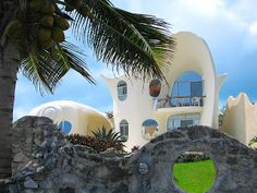 The Conch Shell Home - My Dream Home: Amazing Homes Worth Dreaming About… ~ Positive Kismet Blog