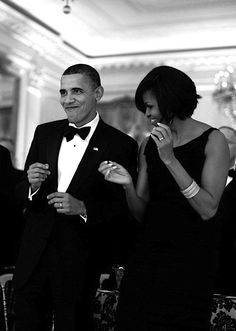 Barack & Michelle Obama - aren't they lovely, this pic just makes me smile :)