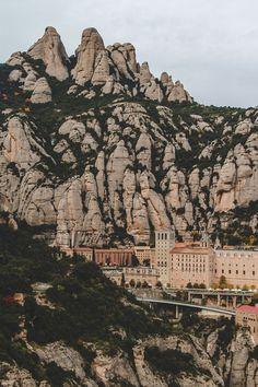 A Monastery, A Madonna & A Mountain // Montserrat, Spain - The Overseas EscapeThe Overseas Escape