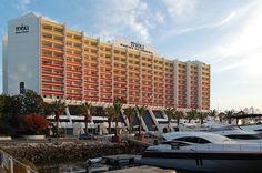 Hotel Tivoli Marina Vilamoura (Internal Refurbishment) by Sua Kay Architects in Vilamoura, Portugal #portugal #vilamoura #marinavilamoura #quarteira #tivoli #marina #hotel #colorful #colorido #luxo #luxury #luxuoso