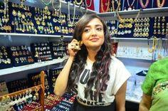 "Bollywood singer Monali Thakur enthralls fans at Kolkata Fashion Fair ""COLORS"" - BongoAdda.com"