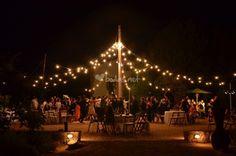 8 maneras de iluminar y decorar tu boda a la vez