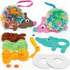 Buy Hedgehog Pom Pom Decoration Kits at Baker Ross. Who knew hedgehogs could be so soft? Fun hedgehog decorations for children to create - simply make the pom pom then add the foam decorations and ribbon. Animal Crafts For Kids, Fall Crafts For Kids, Diy For Kids, Kids Crafts, Diy And Crafts, Arts And Crafts, Pom Pom Crafts, Yarn Crafts, Decoration Creche