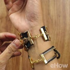 Make bracelets out of zippers with these two creative (and easy to make!) designs.