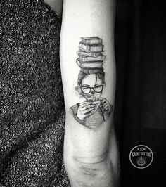 Pretty tattoo art of Girl and Books motive done by Kadu Tattoo from Brazil - # . - Pretty tattoo art of Girl and Books motive done by Kadu Tattoo from Brazil – # Check more at tat - Pretty Tattoos, Love Tattoos, Beautiful Tattoos, Girl Tattoos, Tatoos, Writer Tattoo, Book Tattoo, Tattoo Art, Bookish Tattoos