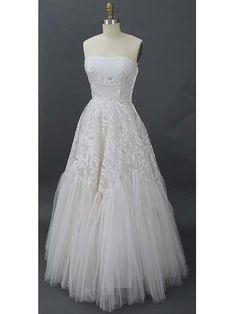 1950's Vintage Lace Wedding Dress