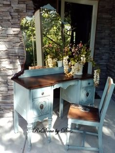 ReQuest a Customized Vanity Dressing Table by ReDonebyDee on Etsy Upcycled Furniture, Furniture Projects, Rustic Furniture, Furniture Making, Painted Furniture, Vanity Table Vintage, Painted Vanity, Dresser Vanity, Desk Makeover