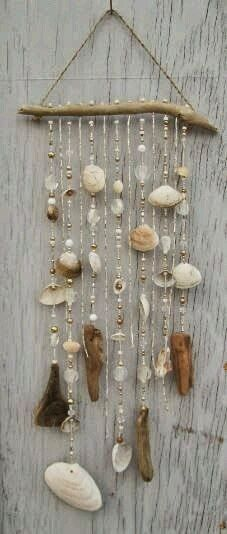 Do it yourself ideas and projects: 50 Magical DIY Ideas with Sea Shells shell crafts Seashell Art, Seashell Crafts, Beach Crafts, Diy Crafts, Seashell Wind Chimes, Crafts With Seashells, Seashell Projects, Driftwood Mobile, Driftwood Crafts