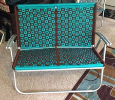 Macrame Loveseat Lawn Chair Yard Furniture, Furniture Making, Paracord Projects, Macrame Projects, Macrame Chairs, Woven Chair, Macrame Patterns, Lawn Chairs, Diy Bench