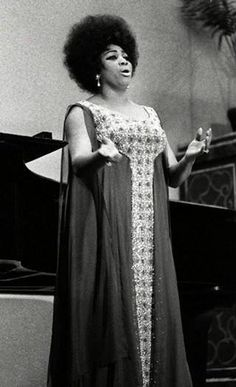 Leontyne Price in Concert (date, photographer unknown)