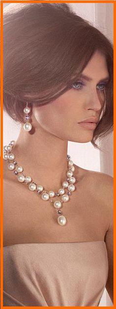 1c5678710179 Las 144 mejores imágenes de collares de perlas en 2019
