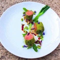 Lamb backstrap and fava beans Creative Food Art, Food Plating, Plating Ideas, Gourmet Desserts, Lamb Recipes, Molecular Gastronomy, Edible Art, Food Design, Pastries