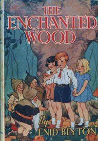 The Enchanted Wood by Enid Blyton First edition: 1939 Publisher: George Newnes Illustrator: Dorothy M. Good Books, My Books, Story Books, Enid Blyton Books, The Magic Faraway Tree, Enchanted Wood, Vintage Children's Books, Vintage Ephemera, Vintage Art