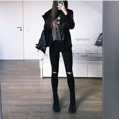 Grunge style 817051557373400046 - Kıyafet kombinleri 2 # Bilim Kurgu # amreading # books # wattpad Source by elifmelisask Edgy Outfits, Cute Casual Outfits, Grunge Outfits, Fall Outfits, Kids Outfits, Fashion Outfits, Winter Fashion Casual, Dark Fashion, Goth Outfit