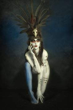 Model: Anoush Anou Makeup/Body paint: Jacqueline Kalab Headdress: Amelia Genevieve (Shunyata) Photographer: Alf Caruana - love the body makeup. Dark Fantasy, Fantasy Art, Voodoo Costume, Voodoo Priestess, Maquillage Halloween, Headdress, Dark Art, Body Art, Amelia