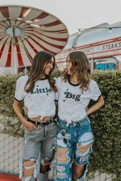 15 Red Flags Sorority Recruiters Might Look For Couple Photography Poses, Maternity Photography, Friend Photography, Levitation Photography, Exposure Photography, Water Photography, Abstract Photography, Family Photography, Teen Couple Pictures