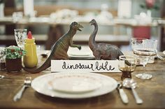 Diy Wedding Centerpieces // awesomely cute