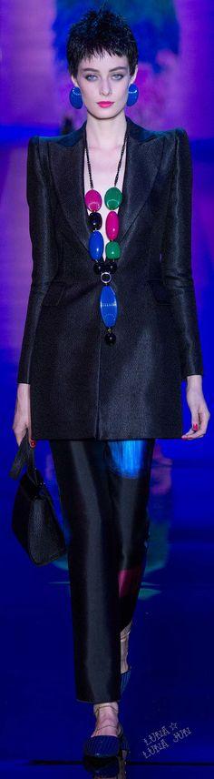 #Farbbberatung #Stilberatung #Farbenreich mit www.farben-reich.com Armani Privé Fall 2015 Couture