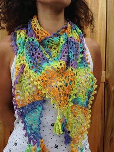 indian granny style crocheted scarf or 'chèche' par hooknhula, $50.00 Crocheted Scarf, Crochet Scarves, Granny Style, Bonnets, Hula, Shawls, Passion, Craft Ideas, Indian