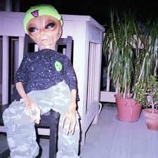 Aliens Guy, Aliens Meme, Les Aliens, Alien Aesthetic, Aesthetic Grunge, Steam Avatar, Alien Pictures, Tupac Wallpaper, Alien Party