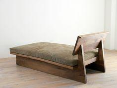 before after furniture Handmade Furniture, Home Decor Furniture, Sofa Furniture, Furniture Projects, Home Furnishings, Furniture Design, Wooden Sofa Designs, Kirkland Home Decor, Diy Sofa