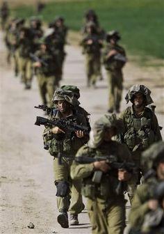 IDF soldiers operating in Gaza return to Israel.