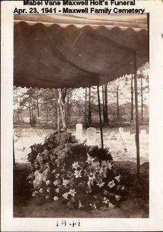 Mabel Holt's Funeral- Apr. 23, 1941 -3