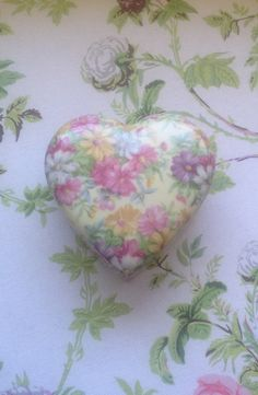 Vintage Chintz Heart Shaped Trinket Box/Pink White and Yellow