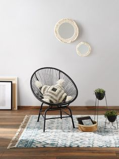 Covoare in stil scandinav si nordic Dark Brown Carpet, Beige Carpet, Brown Rug, Silver Grey Rug, Black And Grey Rugs, Nachhaltiges Design, Tapis Design, Home Living, Rugs In Living Room