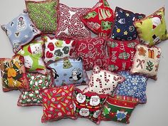Organic Catnip Homemade Cat Toy Pillow Sac Christmas Holiday Theme Fabric | eBay Cool Cat Toys, Diy Dog Toys, Homemade Cat Toys, Kitten Toys, Catnip Toys, Toy Puppies, Dog Items, Animal Projects, Cat Treats
