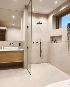 Willkommen im Haus 22 🧡 (@house.no22) • Instagram-Fotos und -Videos Bathroom Inspo, Bathroom Inspiration, Master Bathroom, Best Bathroom Designs, Bad Inspiration, Clean Living, Amazing Bathrooms, Minimalism, New Homes