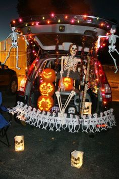 19 EASY and clever Trunk or Treat DIY Ideas | How Does She