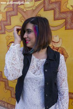 Aunque el winter white va en paralelo a la tendencia de los abrigos de color rosa empolvado, el mismo 'Rosa Cuarzo' que Pantone ha elegido para 2016. Hoy os dejo #tipsdeestilo para combinarlo este invierno! Más en: http://www.justforrealgirls.com/2016/03/winter-white-el-blanco-invernal.html #encajeblanco #winterwhite #blancoinvernal #tdsmoda #justforrealgirls #fashionblogger #bloggerlife #bloggerssevilla #ootd #outfitoftoday