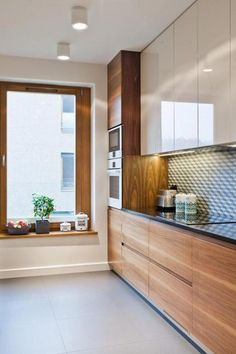 Modern Kitchen Interior Awesome Minimalist Kitchen For Small Space In Your Home 0031 - Awesome Minimalist Kitchen For Small Space In Your Home 0031 Small Modern Kitchens, Modern Kitchen Interiors, Small Space Kitchen, Luxury Kitchen Design, Modern Kitchen Cabinets, Best Kitchen Designs, Kitchen Cabinet Design, Luxury Kitchens, Home Decor Kitchen