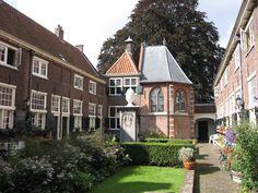 Sint Anna Hof in Leiden, hofjeswandeling!