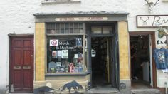Hay-on-Wye is a town on the Welsh border.  It has a population of 1500. It also has a whopping thirty two (32!!) second-hand bookshops.  You know you want to go.