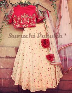 Greeting you all with this lovely lehenga with such a pretty color combination. The blouse with really stylish sleeves and a very beautiful skirt yes we are in love with this one! Kids Lehenga Choli, Lehenga Blouse, Jacket Lehenga, Bridal Lehenga, Sari, Pakistani Dresses, Indian Dresses, Indian Outfits, Indian Attire