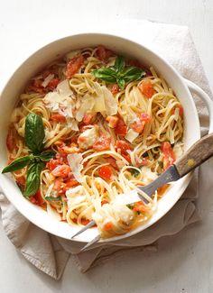 pasta with tomato +