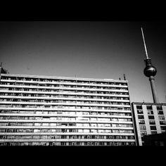 #youdontknowdoyou #Berlin #Subway #ubahn #underground #Streets #Streetart #Photography #Streetphotography #Graffiti #endless #BlackandWhite