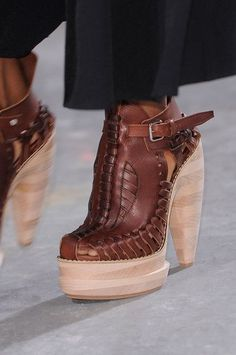 Leather. Brown. Stacked. Platform. <3<3<3<3<3