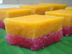 Yochana's Cake Delight!: Sweet Potato Sago Layered Kuih
