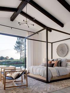 17 Stunning Master Bedroom Design Ideas – Modern Home Rustic Master Bedroom Design, Romantic Master Bedroom, Rustic Bedroom Furniture, Beautiful Bedrooms, Home Decor Bedroom, Modern Bedroom, Bedroom Ideas, Bedroom Lamps, Bedroom Chandeliers