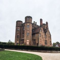 The amazing Kenilworth Castle wedding and events venue