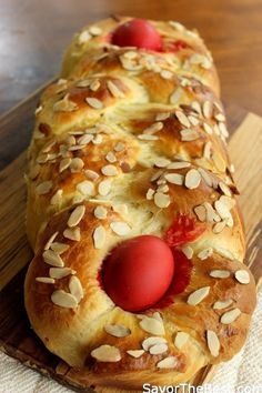 Greek Easter Bread (Tsoureki) - Savor the Best Greek Easter Bread, Greek Bread, Easter Bread Recipe, Easter Recipes, Appetizer Recipes, Holiday Recipes, Easter Food, Greek Sweets, Greek Desserts